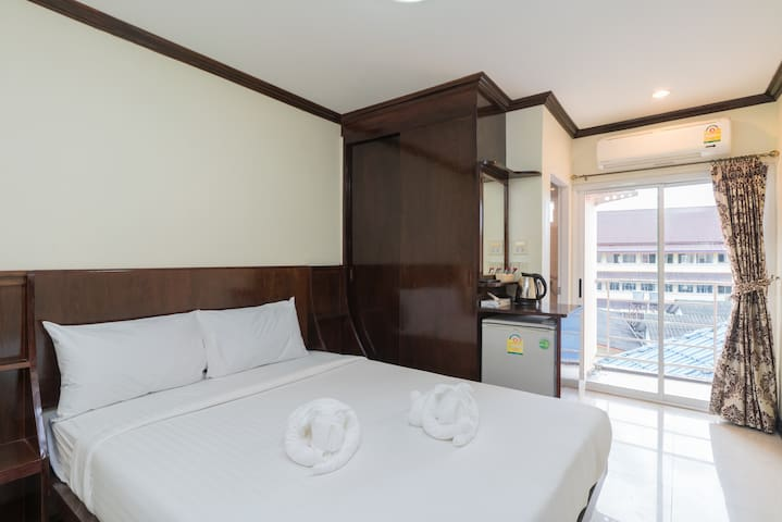 ♫#A double room#beach#5mn walk#cool staff♫