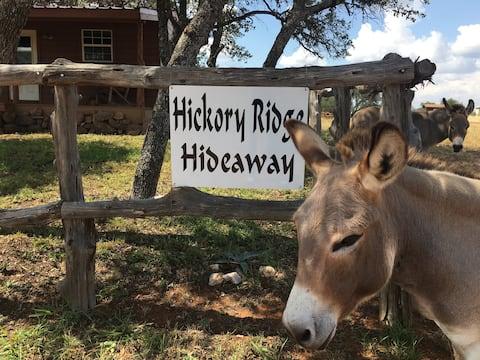 Hickory Ridge Hideaway Cabin - Romantic, Peaceful