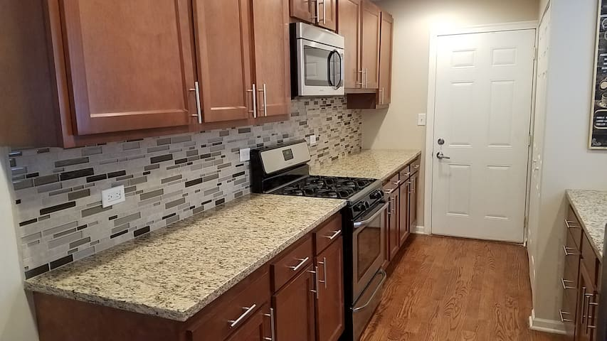 Completely Remodeled 3 BR House in Wheeling