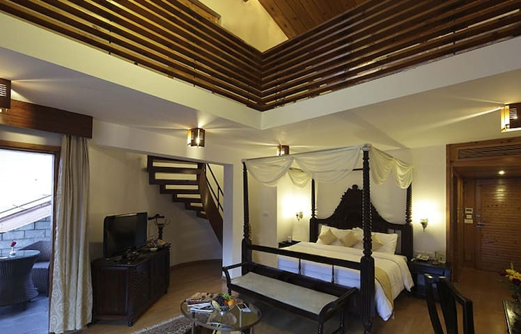 Duplex Room @ ManuAllaya Resort, Manali