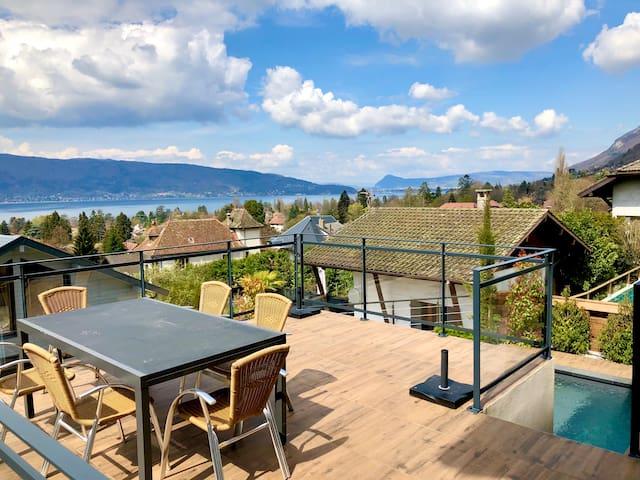 Menthon St Bernard : Superbe Villa vue Lac-Piscine