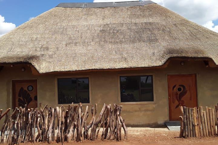 Moretlwa House