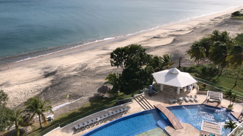 Beach Apartament at Santa Clara Residences