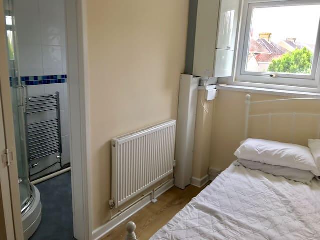 Comfortable flat like home !