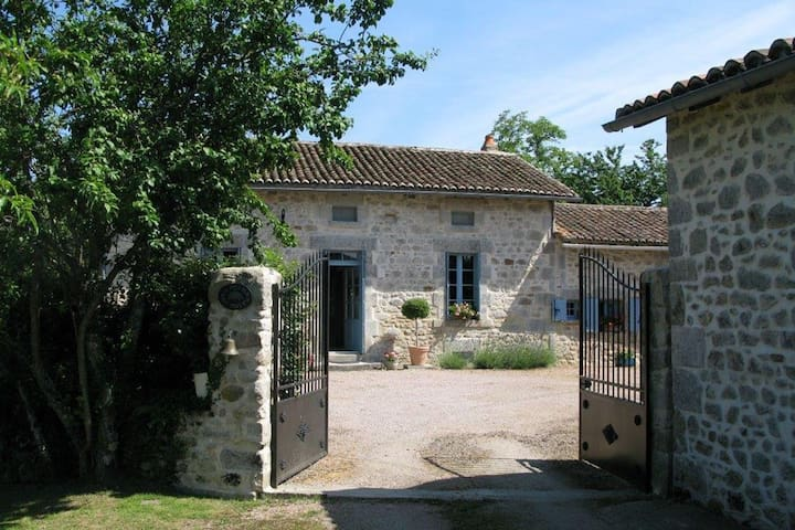 La Ferme Du Noyer - Farmhouse - Marval - Rumah