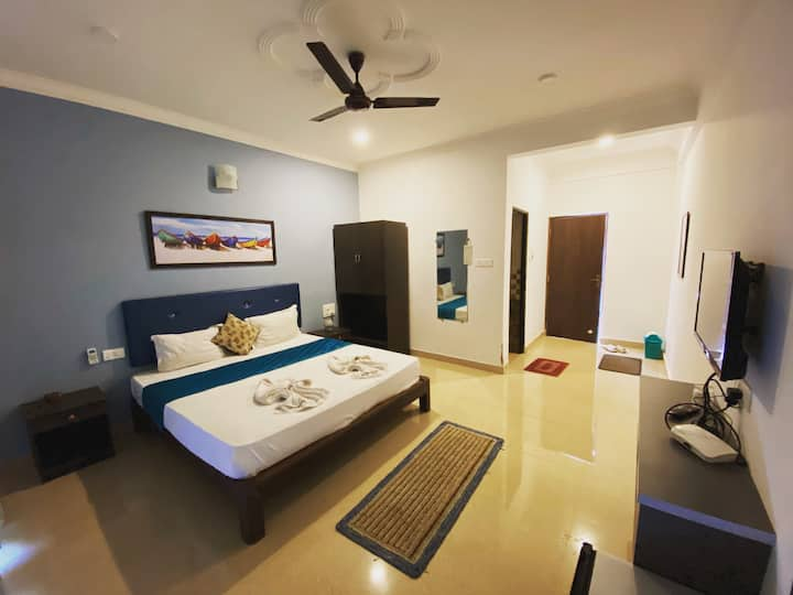Deluxe Room @GVR  with private balcony greenview.