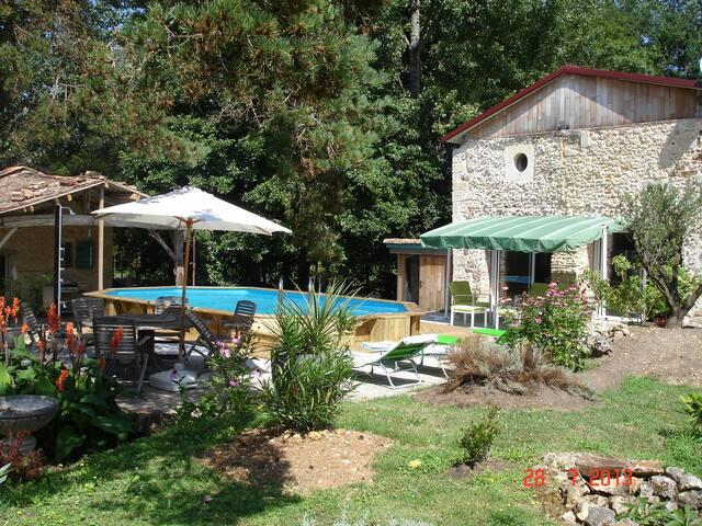 Moulin avec sauna et SPA, modulable de 2 à 4 pers - Saint-Pierre-du-Palais