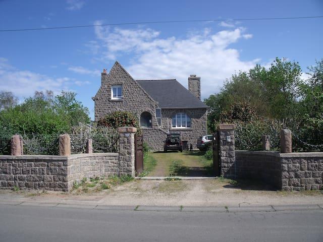 Maison en granit rose - Trébeurden - House