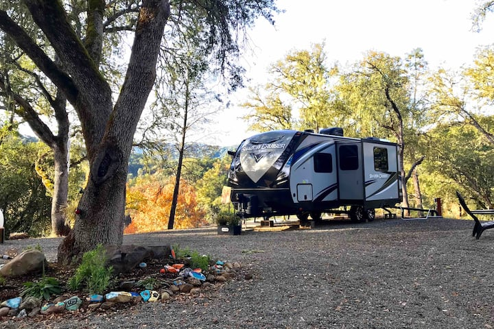 Deluxe Glamping in Paso Robles - Best Stay!