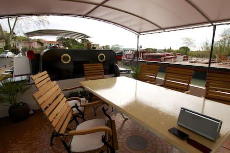 Barge Tango's Cezanne Cabin - Saint-Nazaire-d'Aude - Bot
