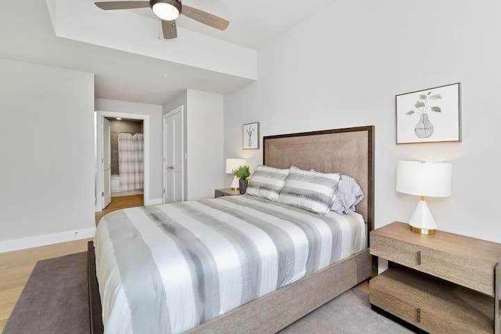 Master Bedroom 2 w/bath