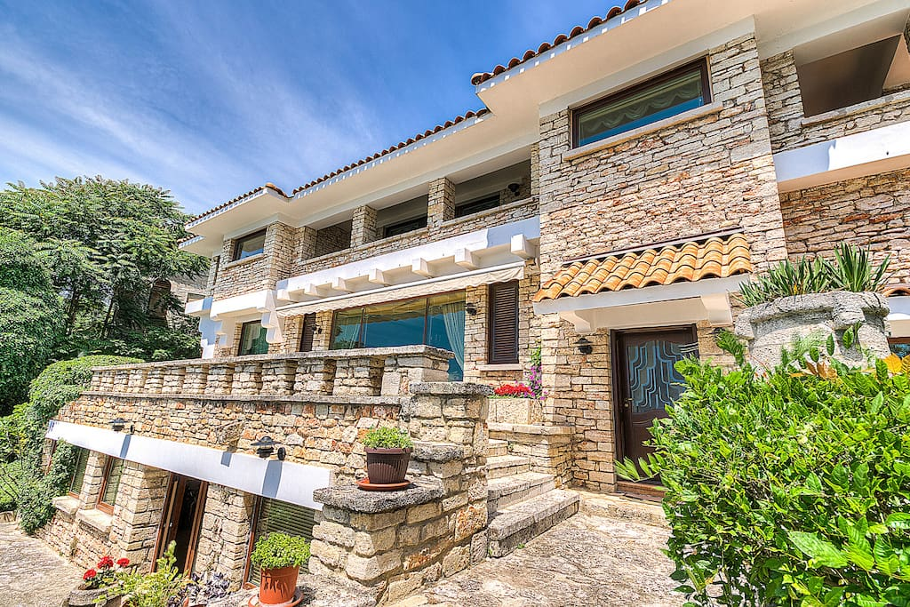 """Villa """"Sanda"""" facade"""