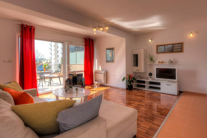 Deluxe Apartment in Tivat 'City Center' - Terrace