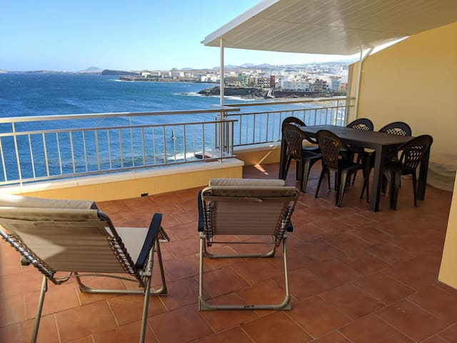 Front line apartment with big terrace
