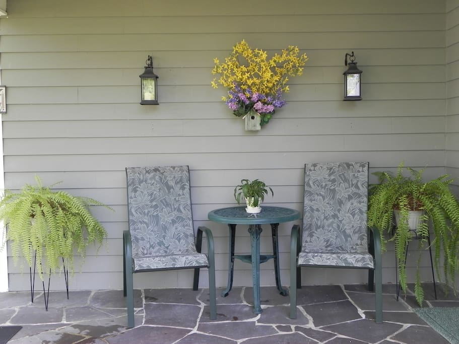 Guests' outdoor sitting area
