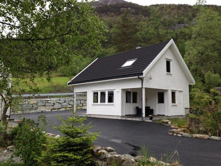 Pulpit Rock, Privat house