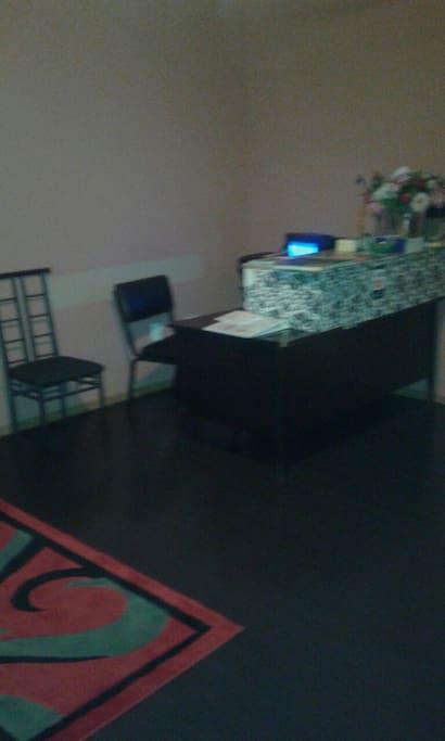 Reception  area .