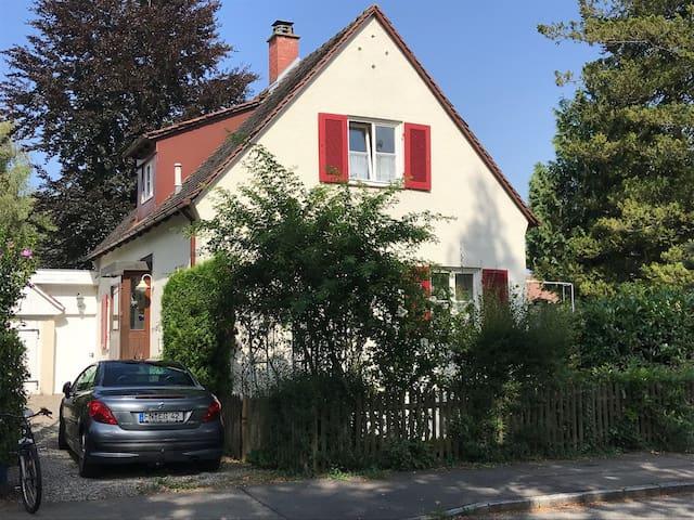Kleines, gemütliches Haus am Bodensee
