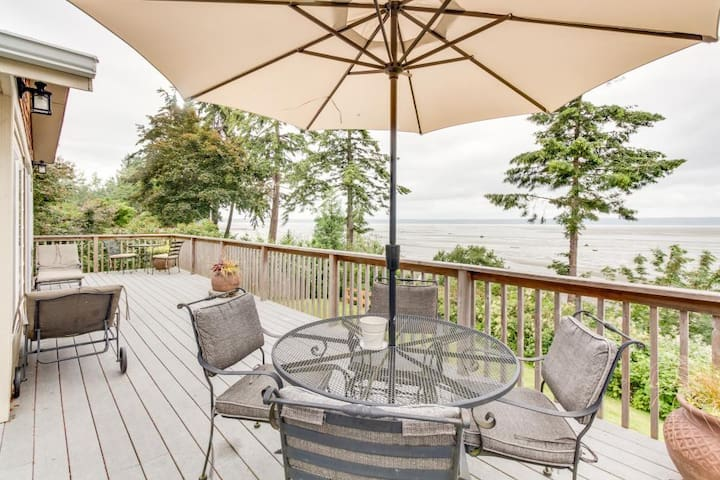 Warm Beach Waterfront - Puget Sound - Stanwood - บ้าน