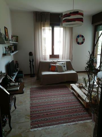 Stanza privata in appartamento con tutti i comfort