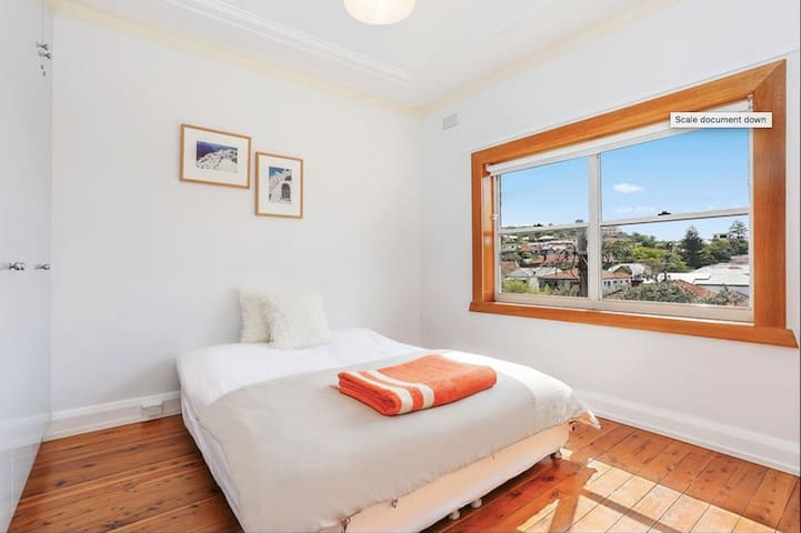 Master Bedroom in beautiful North Bondi apartment