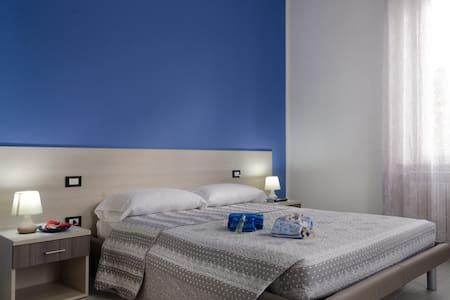 La Casa di Bianca - Blue Room - Follonica - House