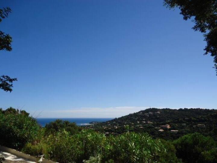 Traumurlaub Seaview Pool Garten Ruhe bei St Tropez