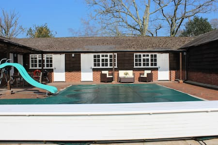Oakley Apartment,  New Forest - Burley