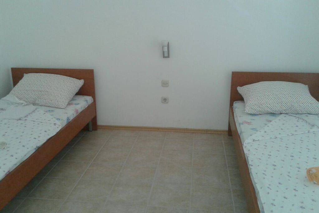 Twice single bed in one room