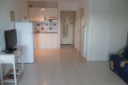 Studio cabine Centre port - Agde