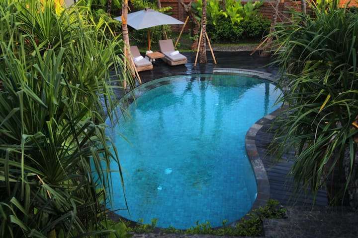 Floating Wooden House in Ubud - Ubud - House