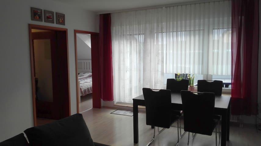 Top 2 Zimmer Whg (2 Room Apartment) mit Terrasse