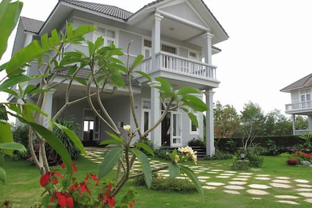 Luxury Private Villa in Mui Ne PE01 - Phan Thiet