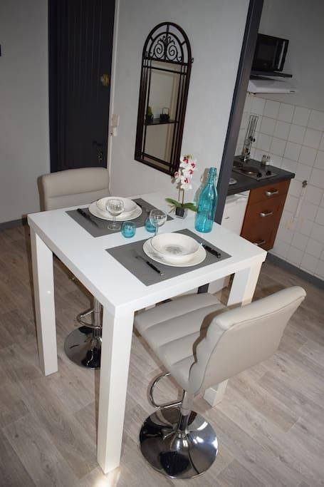 studio meubl et quip tout confort hyper centre appartements louer niort nouvelle. Black Bedroom Furniture Sets. Home Design Ideas