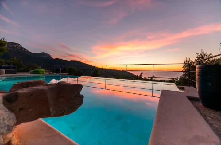 DeiaPrivate Villa -sea views & pool