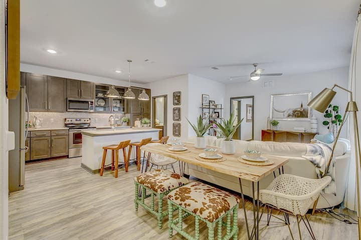 Professionally maintained apt | 1BR in Fort Worth