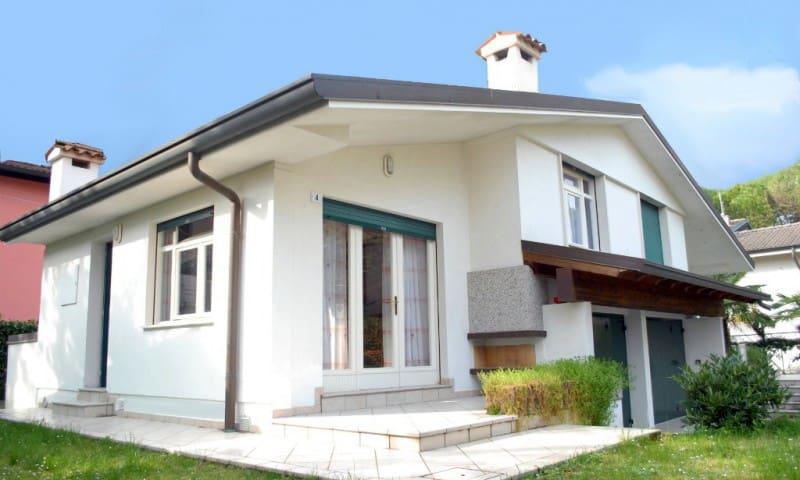 Villetta Vela - nice house with garden - Lignano Sabbiadoro - Dům