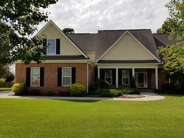 Back BDRM -In Quiet Rural New Hanover County.