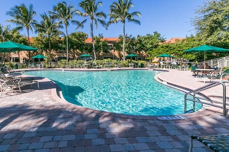 Private 1/1 in beautiful townhouse - Fort Lauderdale