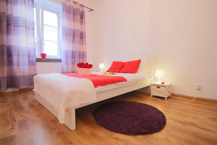 Old Town Bed&Breakfast Miodowa 12
