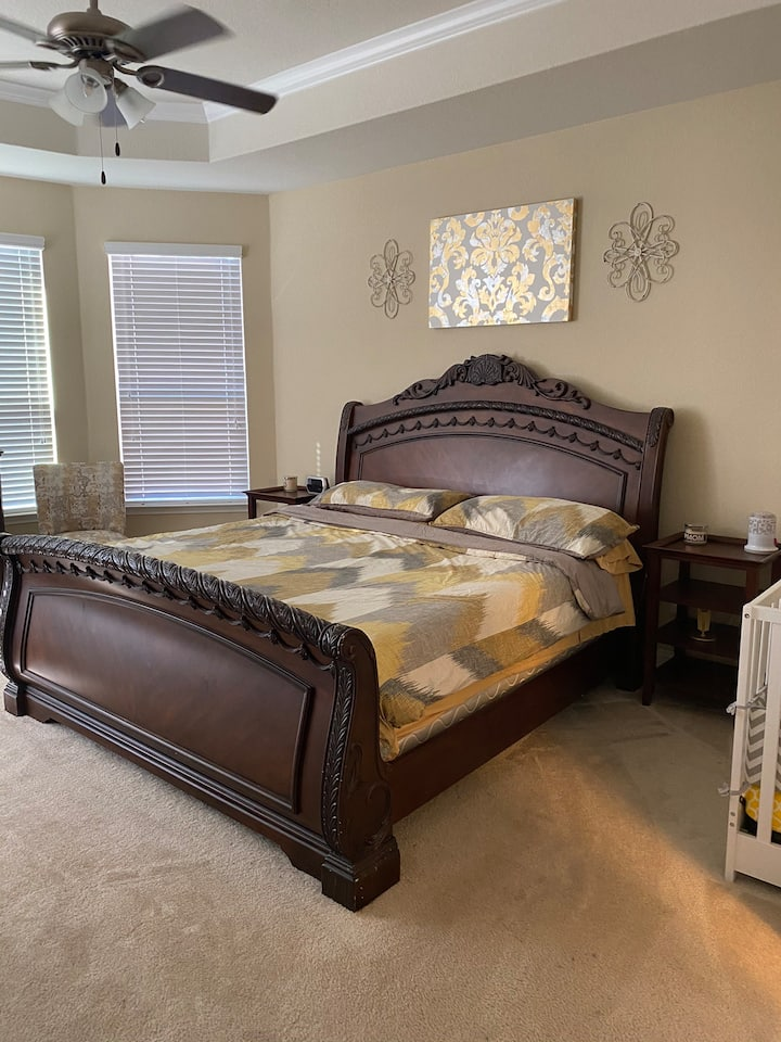 Master Suite in Beautiful home