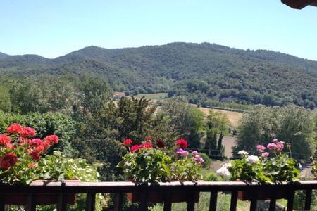 Casa entera con piscina y barbacoa Vall d'En Bas