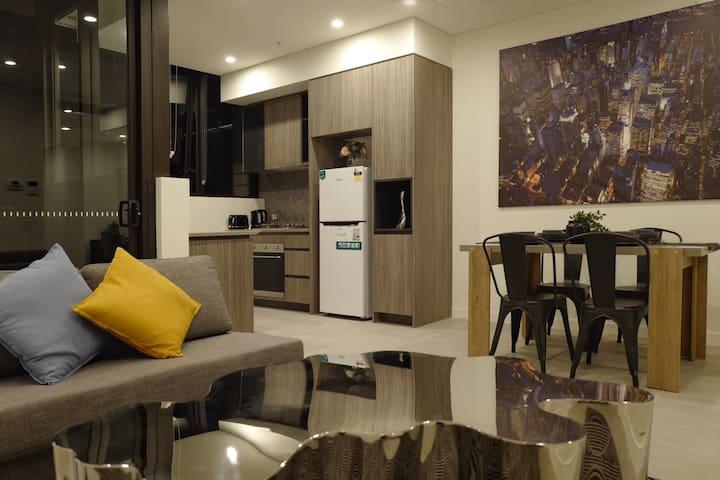 悉尼内城滑铁卢精美工业风全新一室带车位公寓