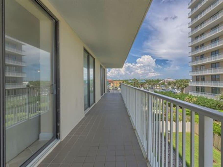 Side balcony.