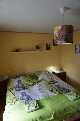 Slaapkamer thema Aarde