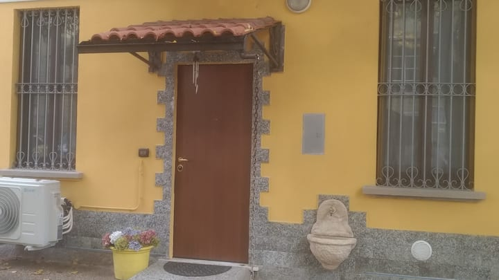 House Dei Tigli for 6 without barriers near Milan