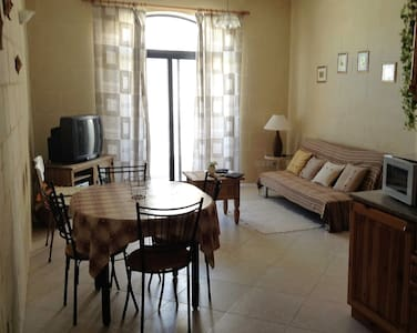 Apartment in Central Marsalforn - Marsalforn - Lejlighed