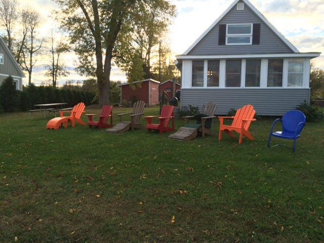 Lake Cottage - Plattsburgh - บังกะโล