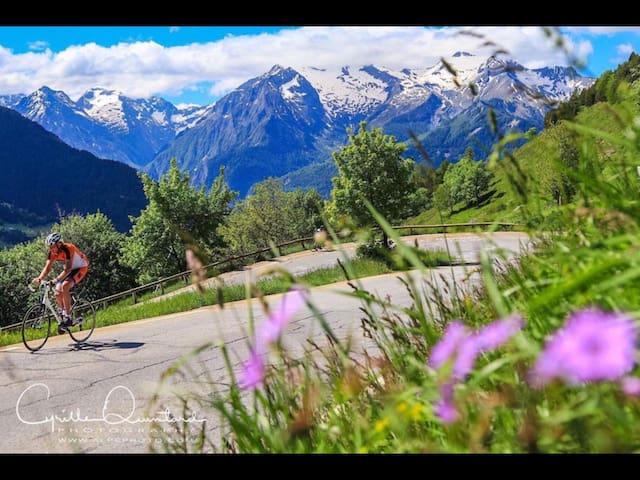 Cosy room in Alpe D'Huez area - Alpe D'Huez, La Garde - Bed & Breakfast