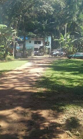 Casa Boiçucanga  50 reais diaria por pessoa.